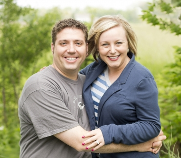 Jen and Joel Moser of Paw Prints Pet Photography Indiana Photographer